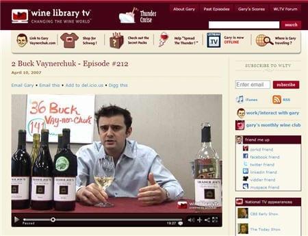 De enthousiaste Gary Veynerchuk bloggend over wijnen