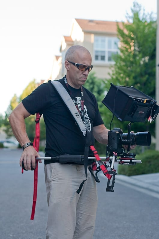 Shooting from the hip met Zacuto Kit en SmallHD screen