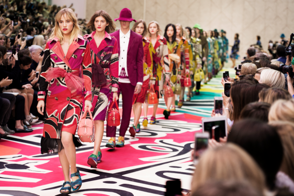 Burberry Prorsum Womenswear Spring Summer 2015 Show Final_001